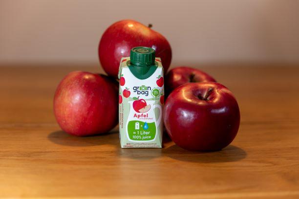 Apfel mit Green-Bag Bio Apfelsaftkonzentrat